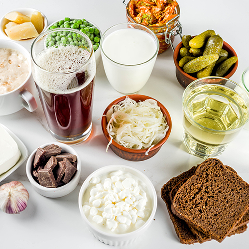 Examples of probiotic foods including yogurt, pickles and kombucha