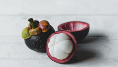 Mangosteens rich with antioxidants